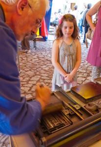 Magdeburg Workshop Buchdruck Druckfarbe auftragen