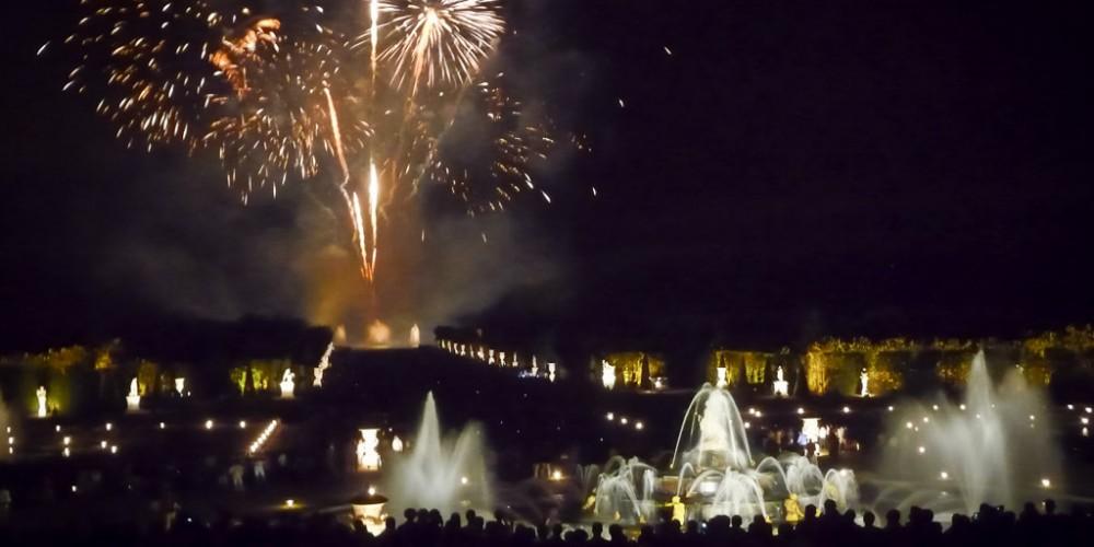 Am Ende gabes ein spektakuläres Feuerwerk über dem Schlosspark