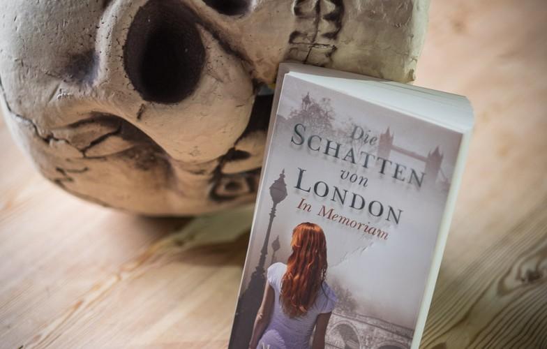 """Maureen Johnson """"Die Schatten von London - In Memoriam"""""""