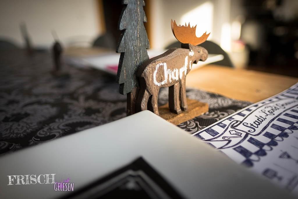 Noch ist der Tisch nicht fertig gedeckt...Noch ist der Tisch nicht fertig gedeckt... Tja, ist ja auch noch nicht Weihnachten, oder? Ha, Ha...