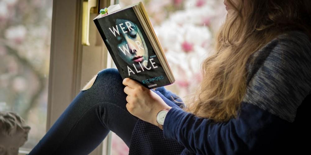 """""""Wer war Alice"""" von T.R. Richmond - Ein spannendes Buch, das aber auch nachdenklich stimmt."""
