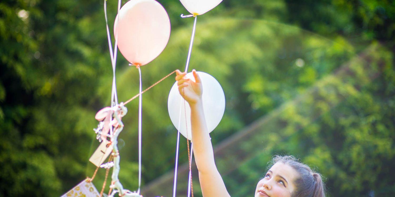 Mit den Luftballons lernen unsere Wünsche fliegen...