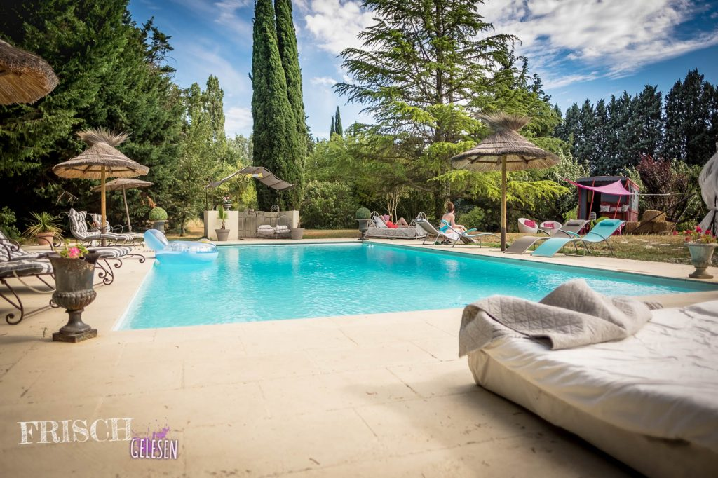 Der Pool war eine willkommene Abkühlung bei der Hitze in Aix-en-Provence.