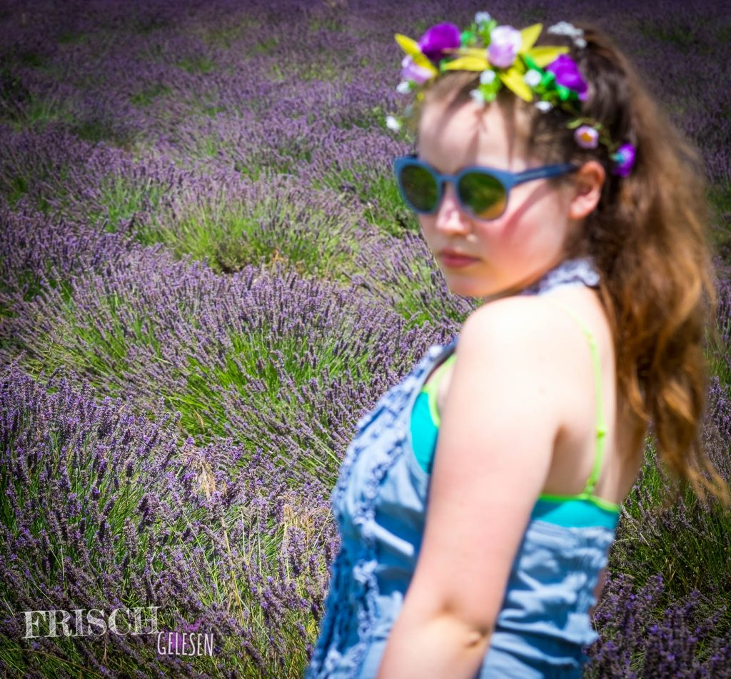 Eigentlich hätte ich hier einen Haarkranz aus Lavendel tragen müssen...