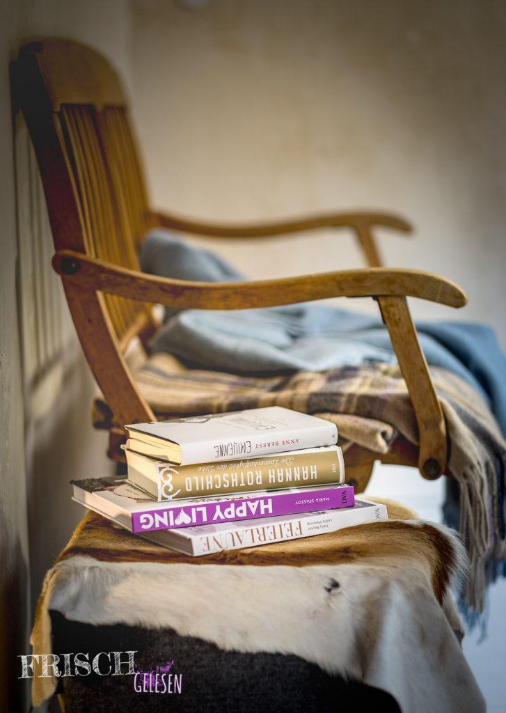 Kuscheldecke, Tee, Kekse und gute Bücher... Das ist pures Herbstglück, oder?