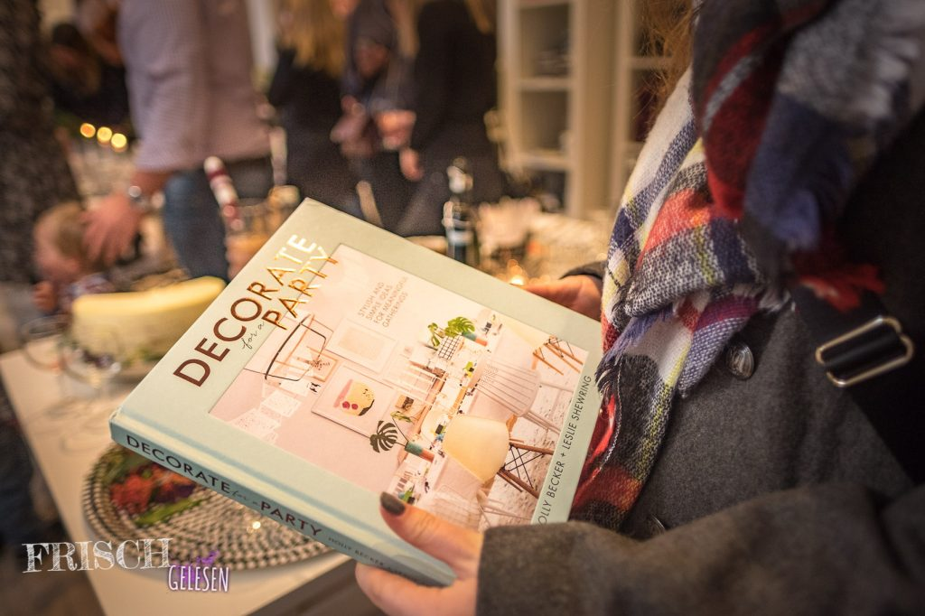 """""""Decorate for a Party"""" von Holly Becker und Leslie Shewring"""