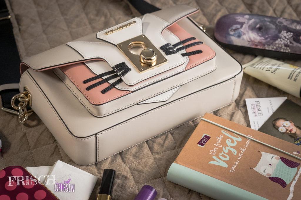 Was ist wohl drin in meiner Lagerfeld? Meine Must-Haves in der Handtasche.