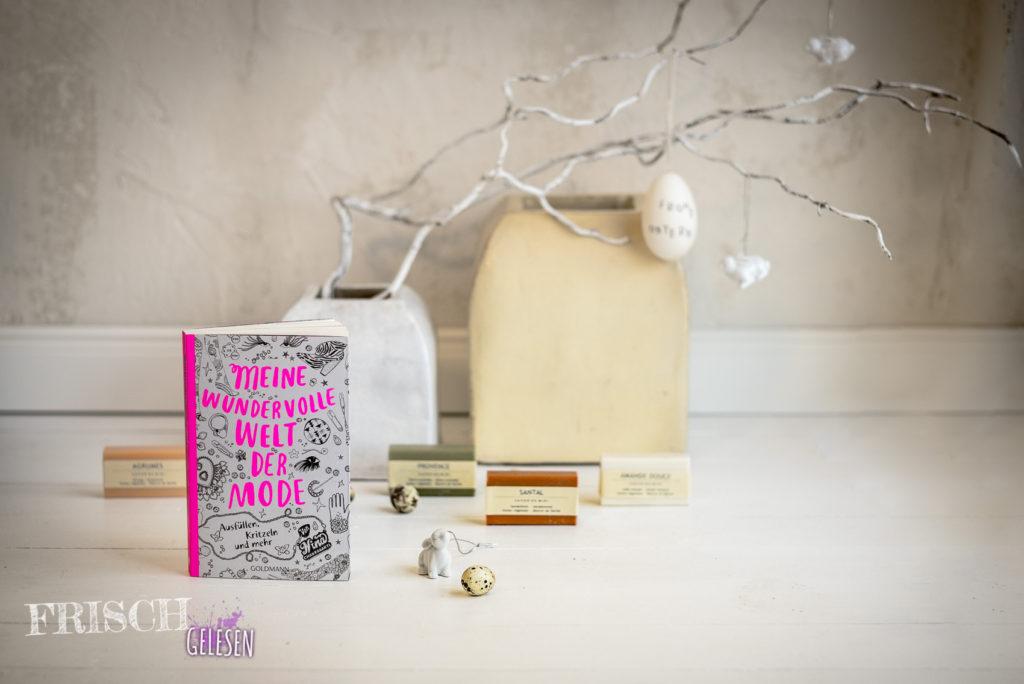"""Vielleicht ist """"Meine wundervolle Welt der Mode"""" von Nina Chakrabarti schon eine Idee für den Osterkorb?"""