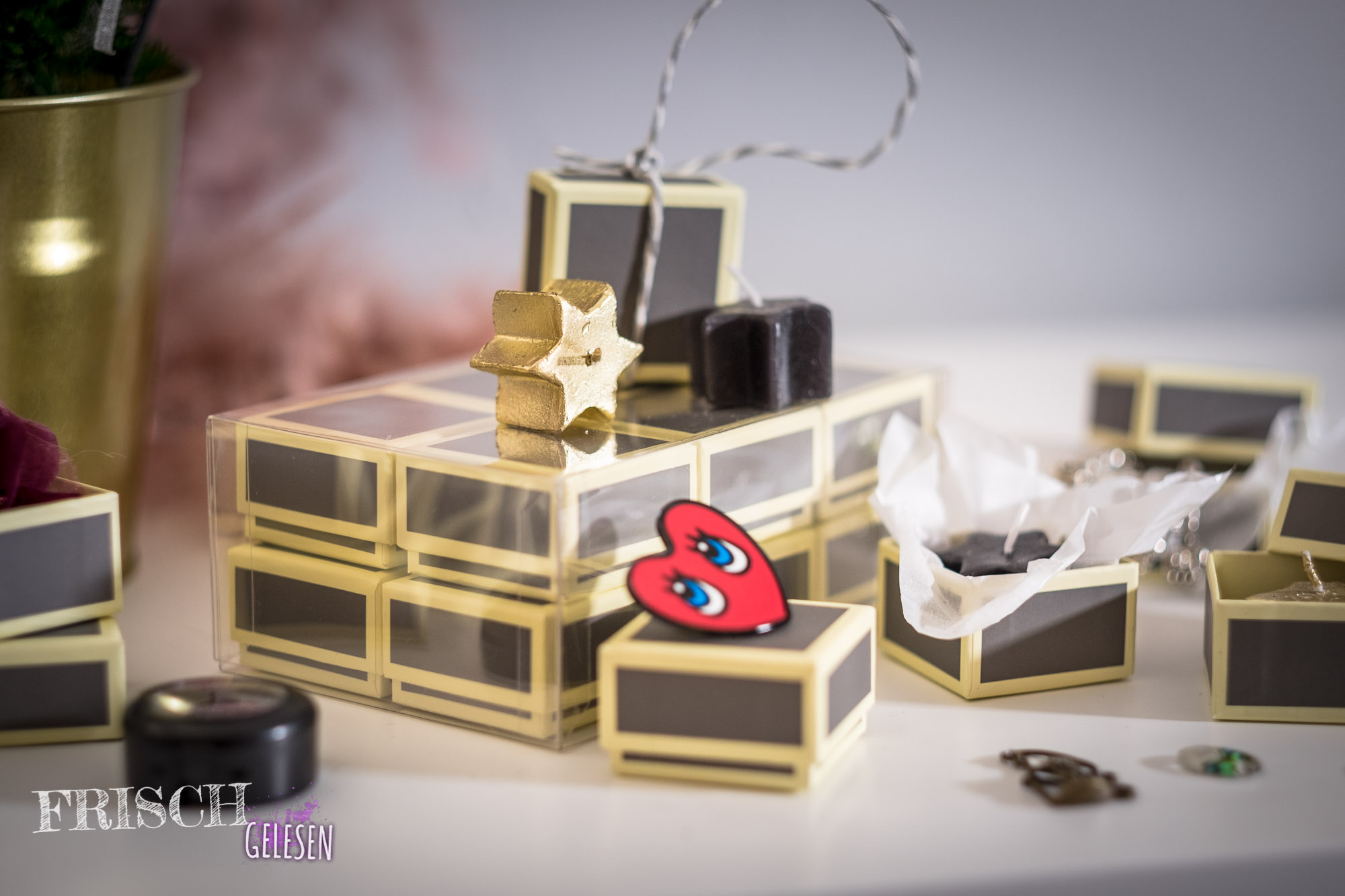 Krimi Weihnachtskalender.Diy Christmas Calendar With Semikolon Boxes