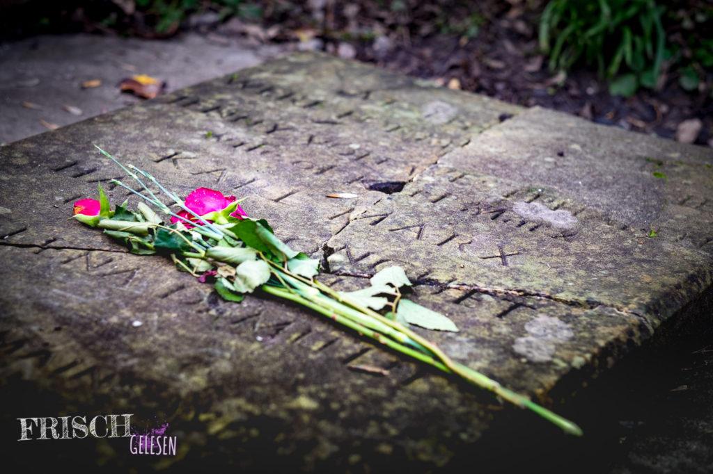 """Immer noch wird Karl Marx auf dem Highgate Cemetery """"besucht"""""""